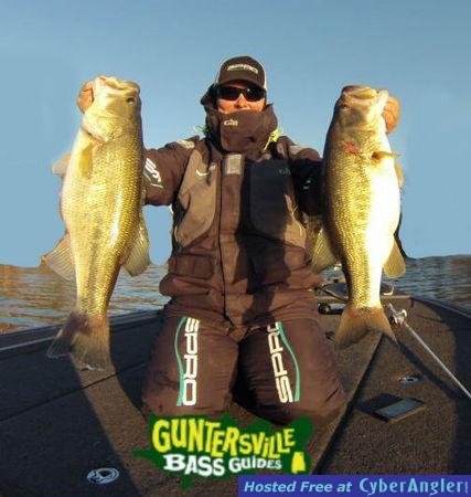 Guntersville bass guides fishing report for Lake guntersville fishing hot spots
