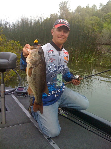 Clear lake bass chew swimbaits rus snyders california for Clear lake fishing report