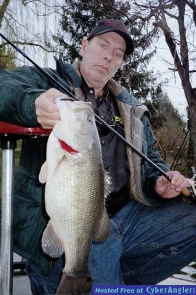 Delaware largemouth by Anglers Radio