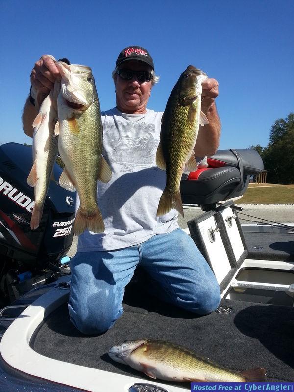 Lay lake bass in Winter!