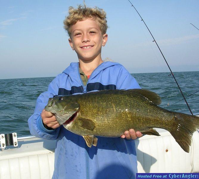 Smallmouth Bass trophy fishing